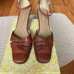Naturalizer - Light Brown Heels